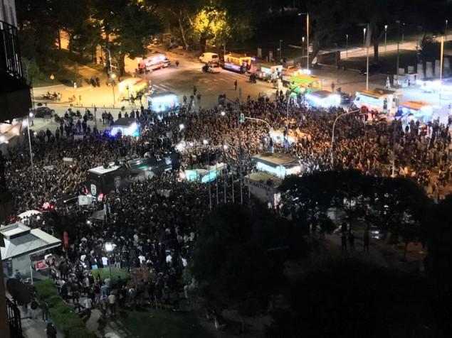 «Κάηκε» η Θεσσαλονίκη για τον ΠΑΟΚ: Υποδοχή ηρώων στον Λευκό Πύργο! (video) 32266990 10216312080453365 8618977663366725632 n