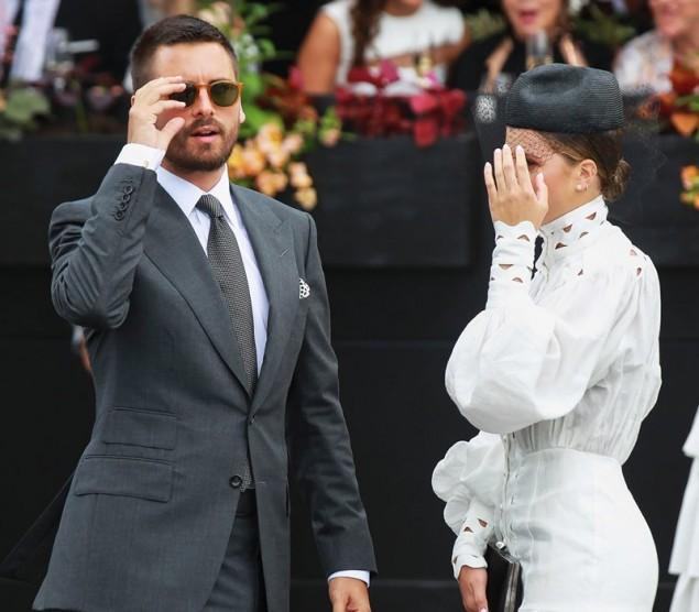Χαμός: Ζευγάρι της showbiz μάλωσε μπροστά από τις κάμερες κι εκείνη έφυγε με κλάματα!